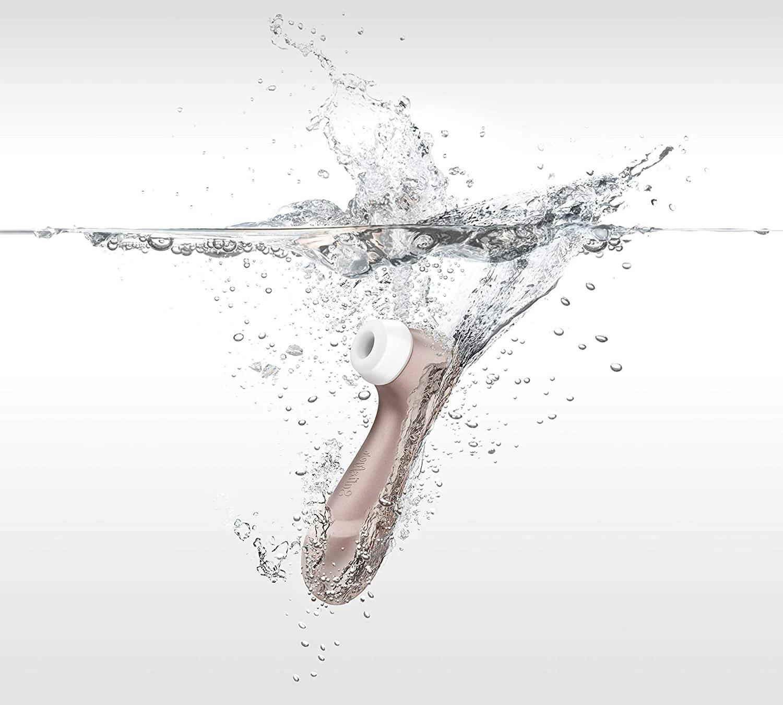 Satisfyer Pro 2 in water