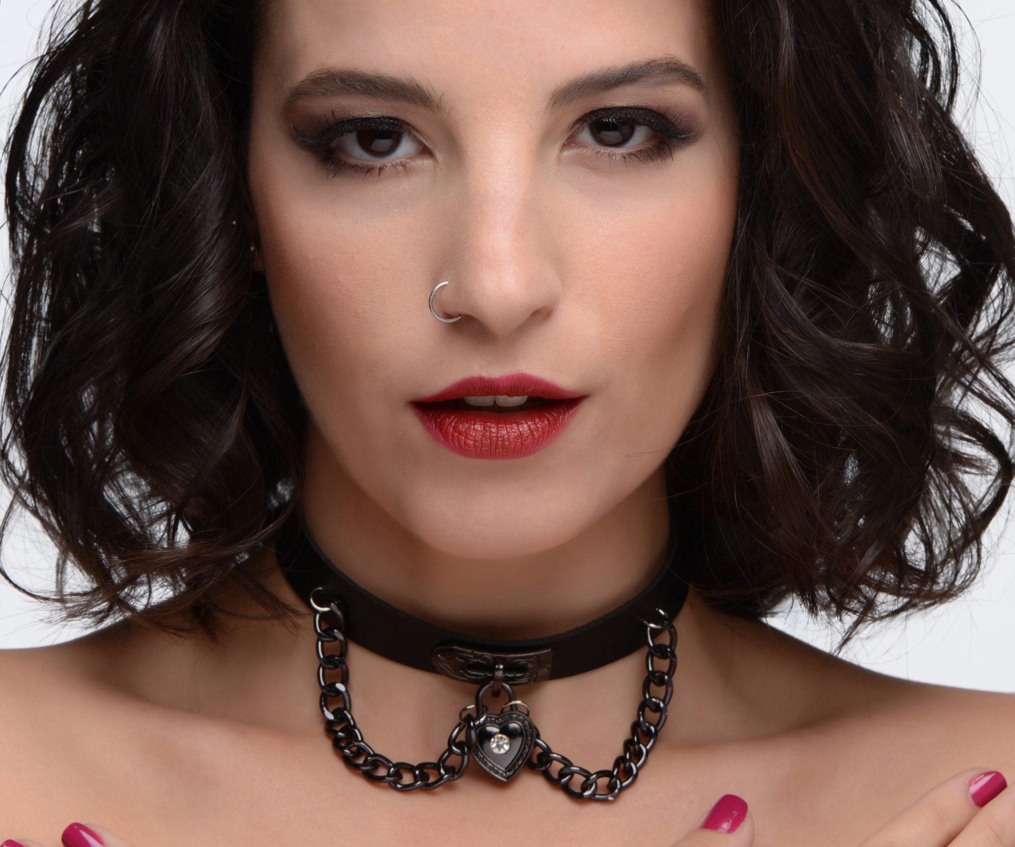 Gothic Heart Chain Choker