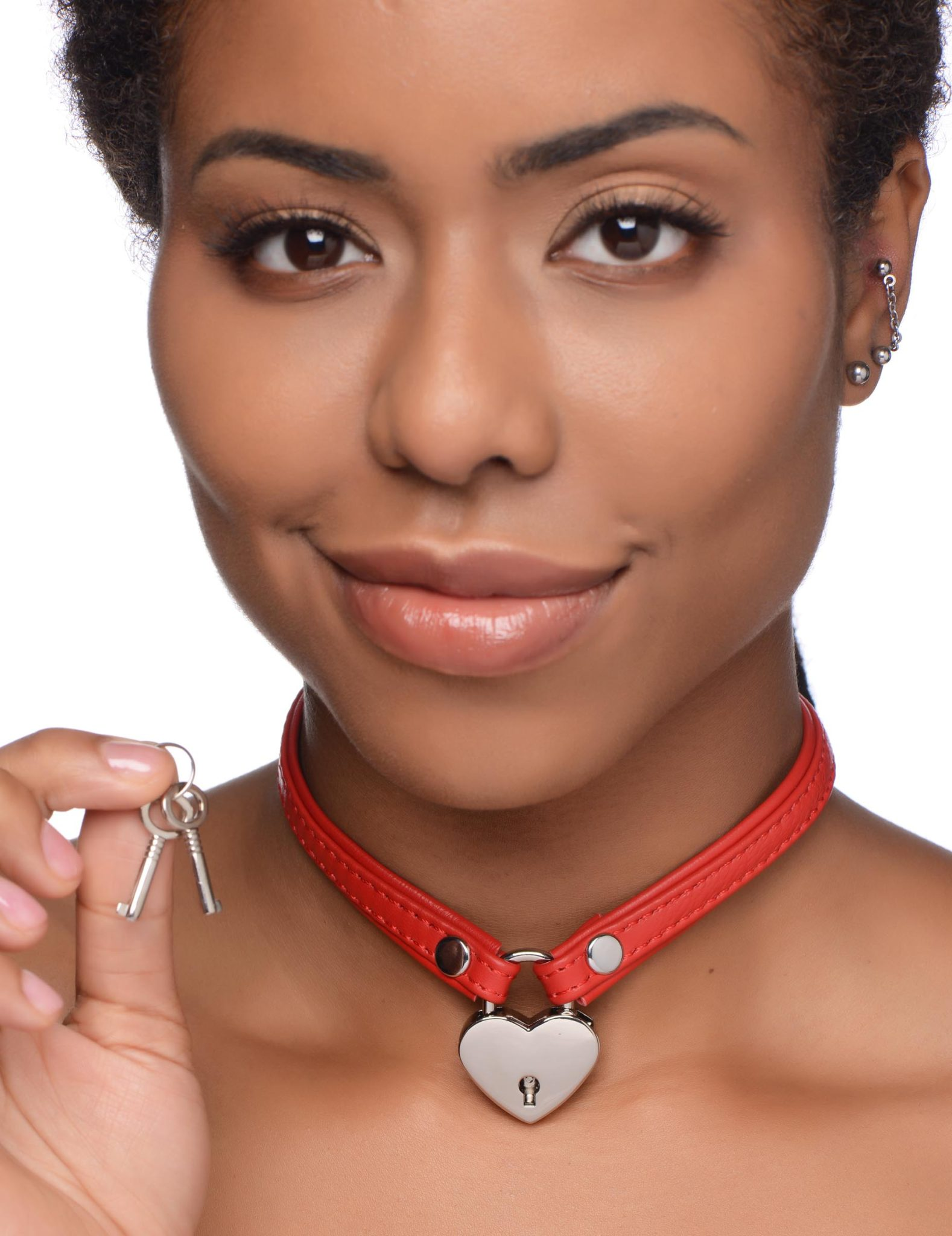 Heart Lock Leather Choker with Lock and Key – Red